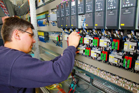 Picture for category Electrical Engineer