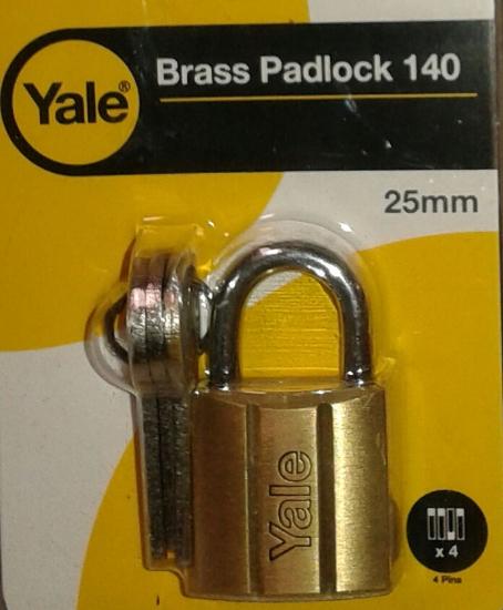 Picture of Yale V14025, Brass Padlock 25mm, V14025